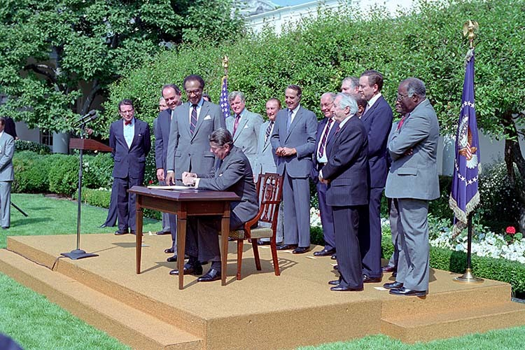 President Reagan Signs Fair Housing Amendments Act